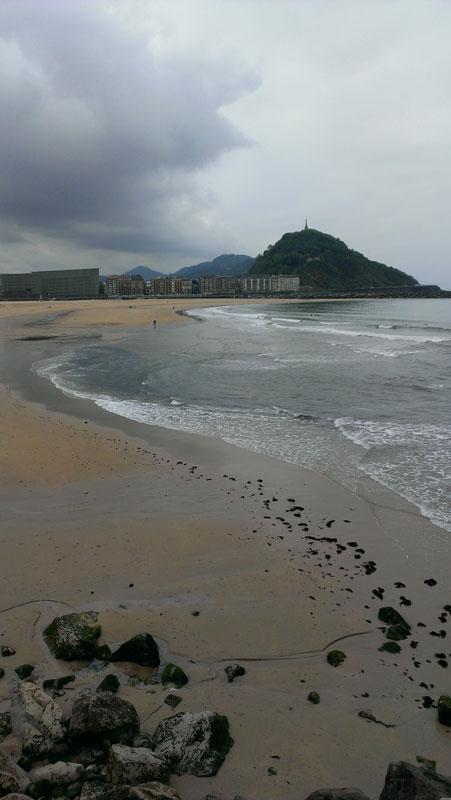 lost_in_la_concha_playa_zurriola_donostia_san_sebastian