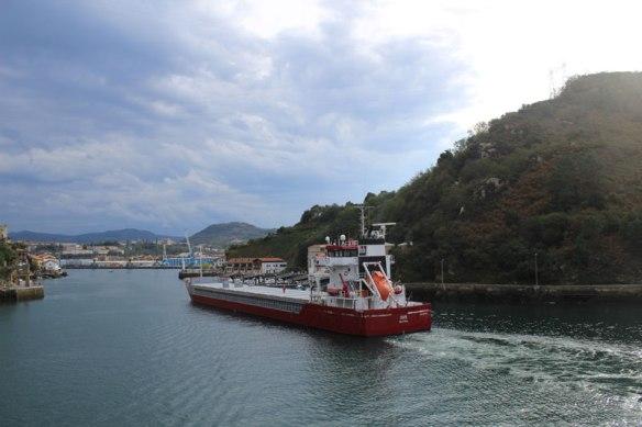 lost_in_la_concha_san_juan_entrada_barco_pais_vasco