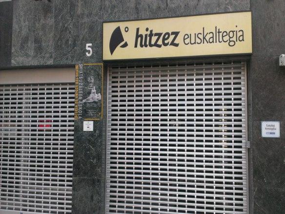 lost_in_la_concha_hitzez_euskaltegi_donostia_san_sebastian