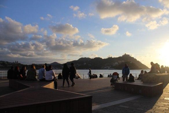 lost_in_la_concha_mirador_nautico_puerto_donostia_san_sebastian_euskadi_pais_vasco