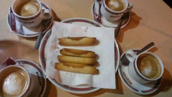 lost_in_la_concha_bar_nestor_cafe_cigarrillos_eceiza_donostia_san_sebastian_euskadi_pais_vasco