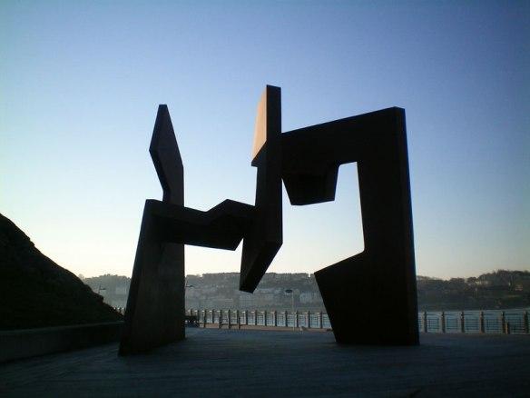 lost_in_la_concha_paseo_nuevo_escultura_donostia_san_sebastian_pais_vasco_euskadi