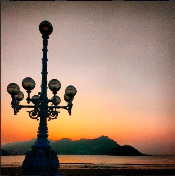 lost_in_la_concha_bahia_farola_donostia_san_sebastian_pais_vasco_euskadi