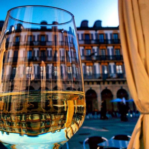 lost_in_la_concha_parte_vieja_vino_pintxos_donostia_san_sebastian_euskadi_pais_vasco